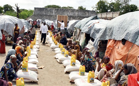 Best Somali Eid Al-Fitr Food - somali-food-distribution  Graphic_489979 .jpg