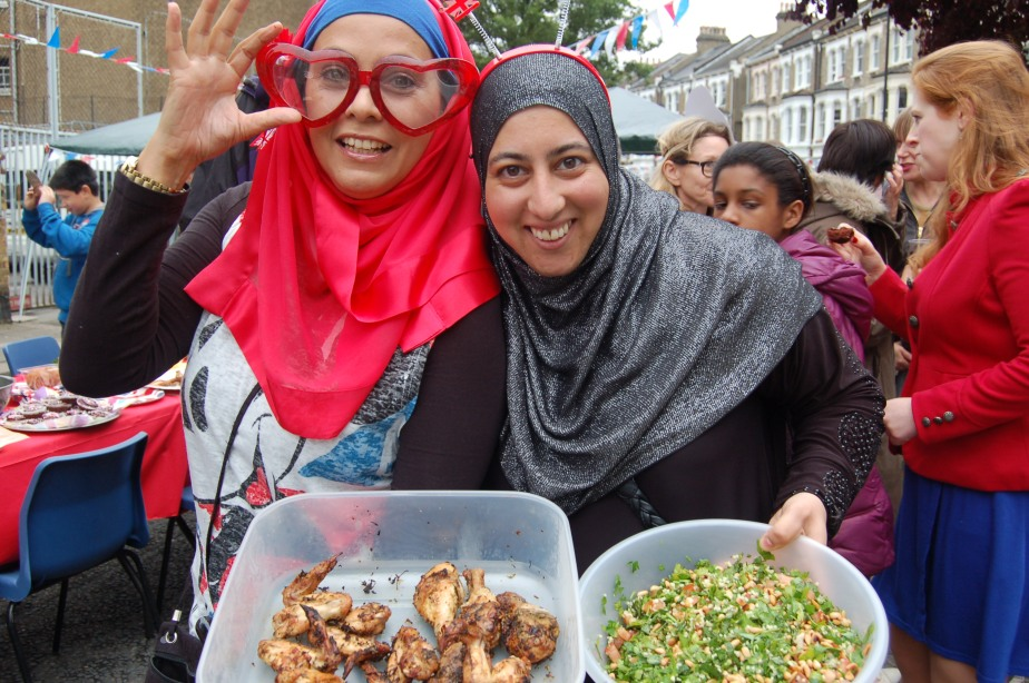 Jubilee Hijabis - Nazia & Karimah