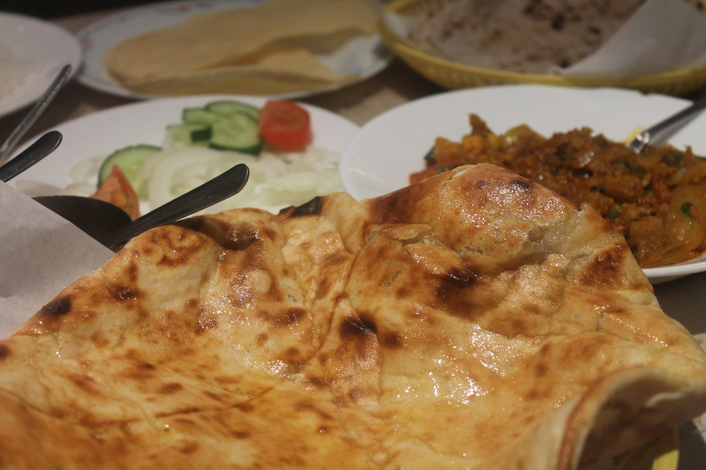 Kashmir Curry House, Bradford, the Best Peshwari Naan